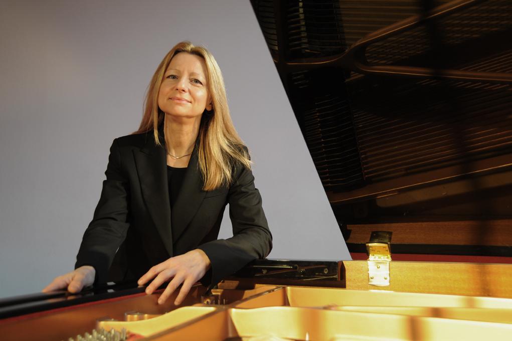 Jasmina Kulaglich, Klavier